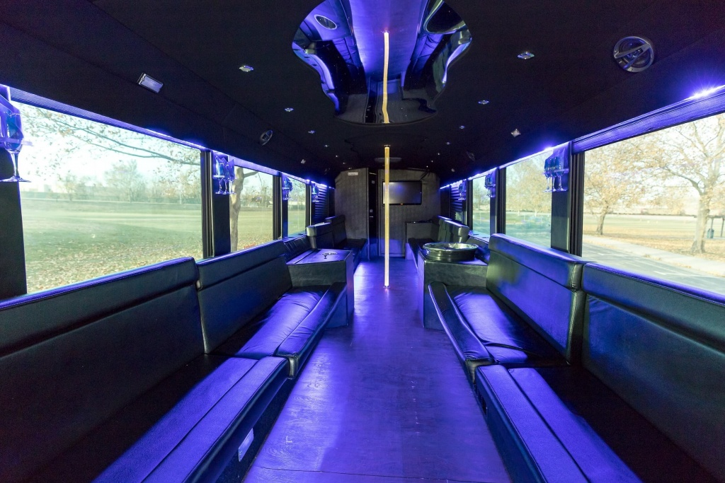 Ambassador Bus (Interior, Rear, View 4)